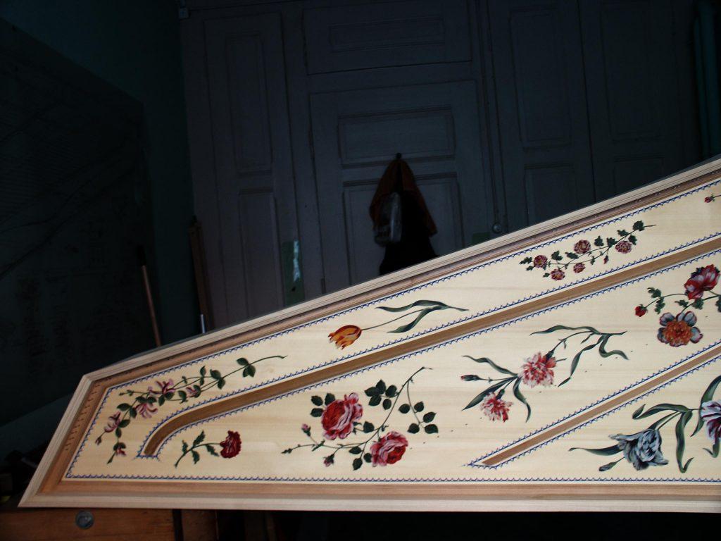 décor table d'harmonie clavecin